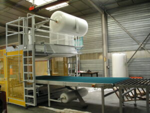 Alfatechnics shrinkfilm packaging machine Farbal bubbelfolie haspels