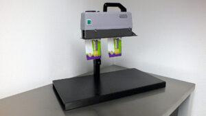 Doorloop bandsealmachine voor zakjes. Type CS 350R tot 100gr + statief