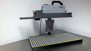 Doorloop bandsealmachine voor zakjes. Type CS500R tot 1kG + rest afsnijden